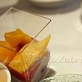 Mandarin Grill & Bar -- 雜莓慕絲