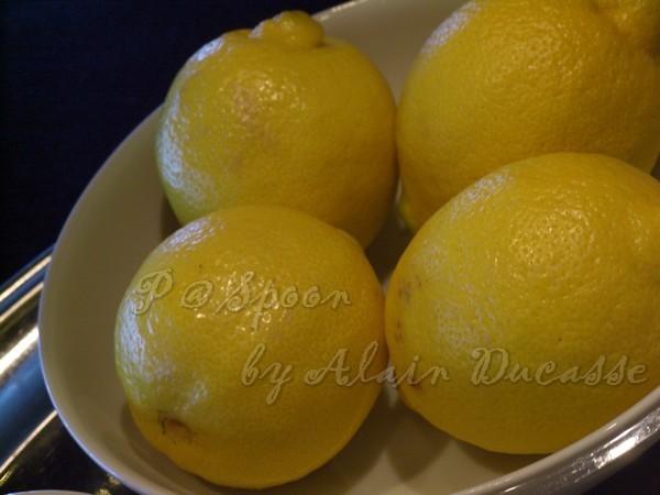 三月 -- 檸檬