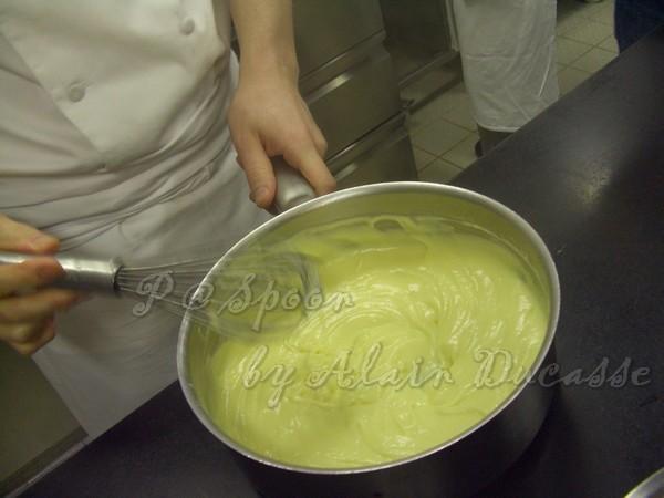 三月 -- 蛋奶醬