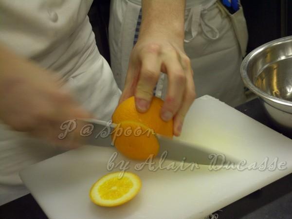 三月 -- 香橙去皮 (1)