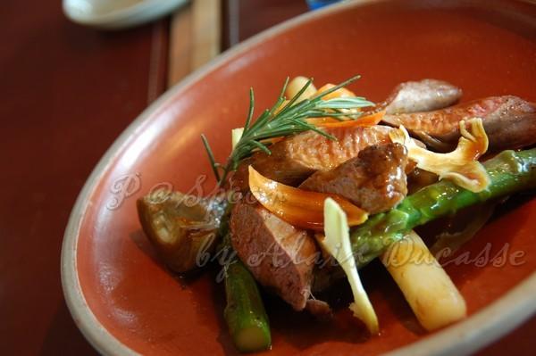 三月 -- 塔吉燉煮羊里肌配春季蔬菜  (2)