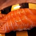 Monster Sushi -- 鮭魚壽司