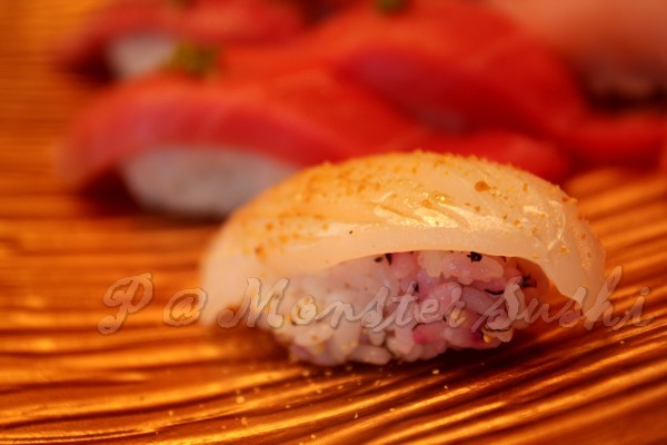 Monster Sushi -- 花枝壽司