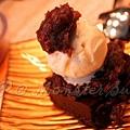 Monster Sushi -- 香草冰淇淋 & 巧克力羊羹