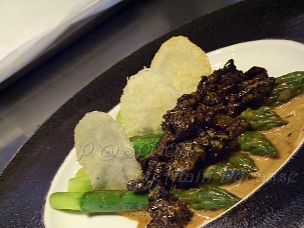 四月 -- 燴煮摩利菌伴青蘆筍 (2)