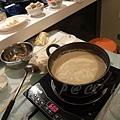 以無糖豆乳作基調的湯頭 (1)