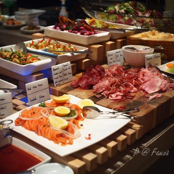 Feast - 煄鮭魚 & 風乾火腿