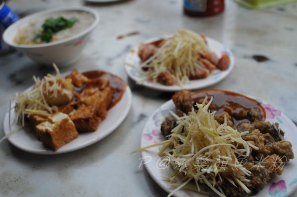 民樂旗魚米粉 - 炸蚵仔、炸豆腐、紅燒肉