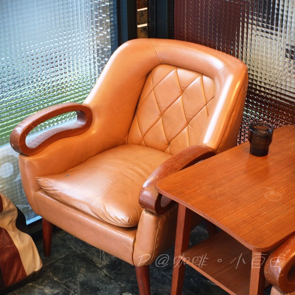 咖啡.小自由 - 沙發座