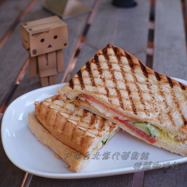 典藏咖啡館 - 燻魚圭帕里尼三明治