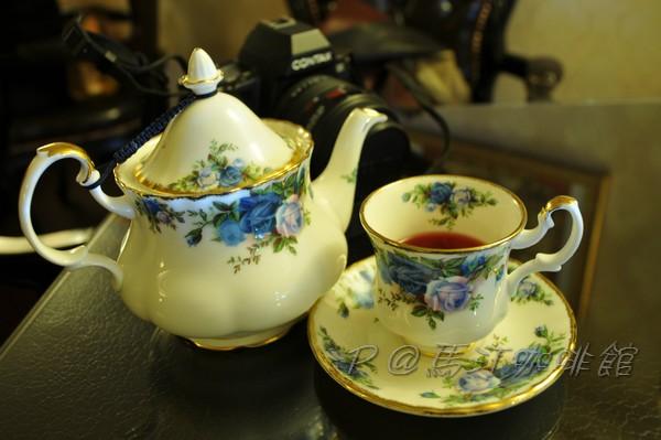 馬汀咖啡館 - 蜜桃茶