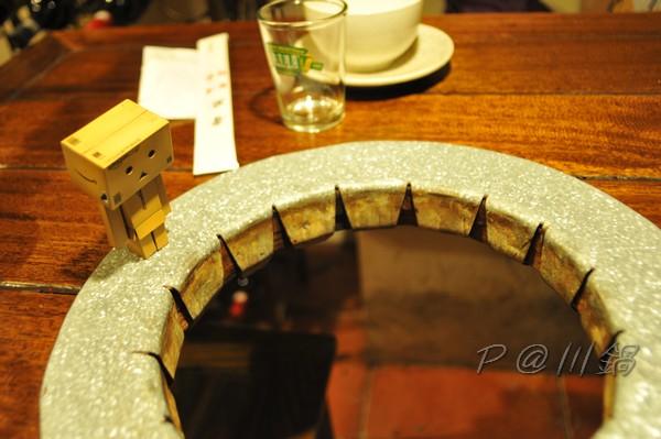 川鍋 - 桌子中放爐子的地方