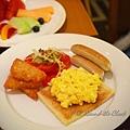 日夜咖啡室 - 香腸、炒蛋 & 炸薯片