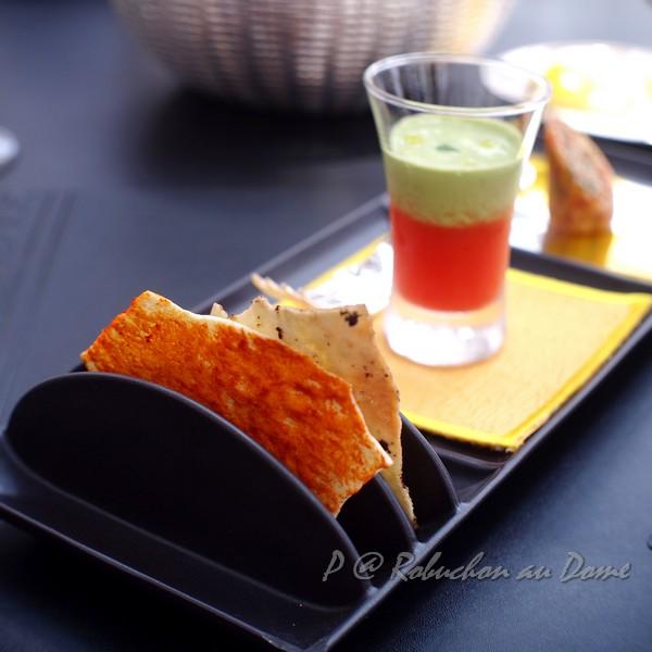 Robuchon au Dôme - 蕃茄醬及橄欖薄脆
