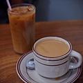 小休咖啡 -- 冰咖啡 & 熱咖啡