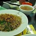 新龍記美食 - 雙份蟹黃拌麵