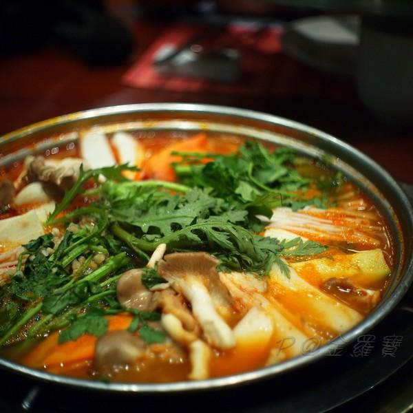 金羅寶 -- 辣牛腸鍋