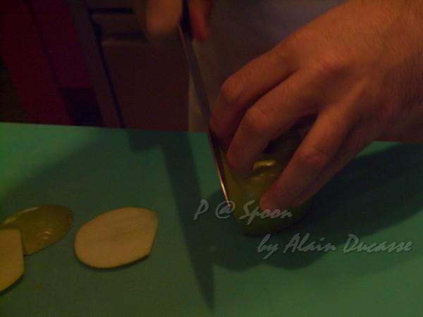 六月 -- 青蘋果切片