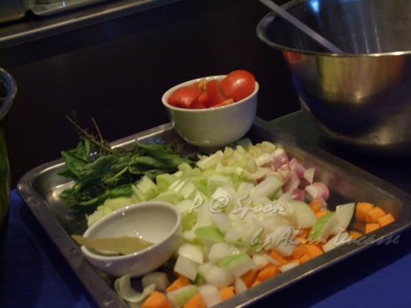六月 -- 煮高湯用的蔬菜