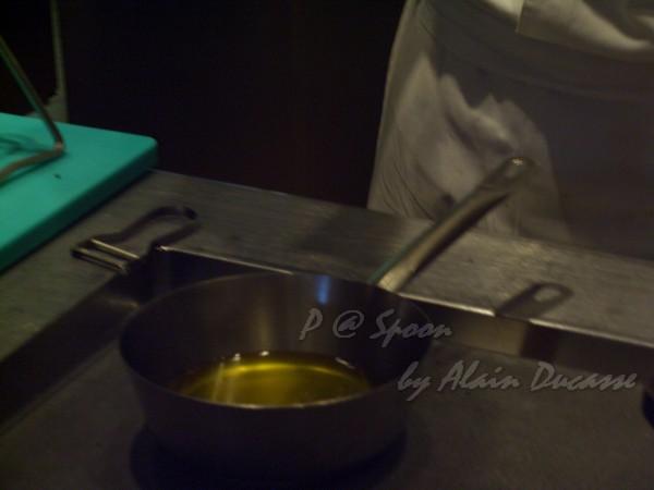 六月 -- 油鍋