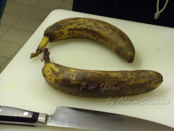 六月 -- 熟透了的香蕉