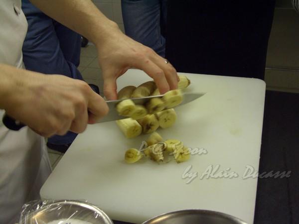 六月 -- 把香蕉切厚片 (1)