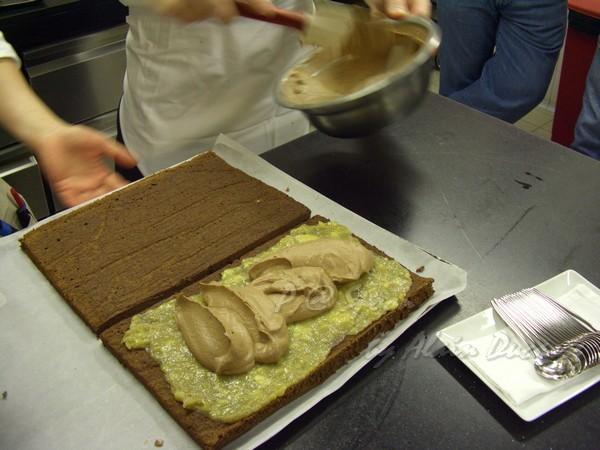 六月 -- 再在蛋糕上抹巧克力慕絲 (2)