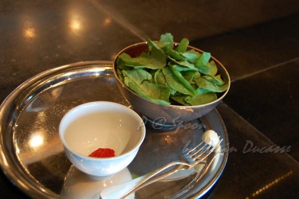 六月 -- 嫩菠菜 & 油封蕃茄