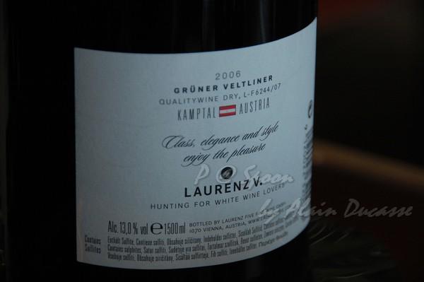 六月 -- 2006 Gruner Veltliner - Charming - Laurenz V (後)