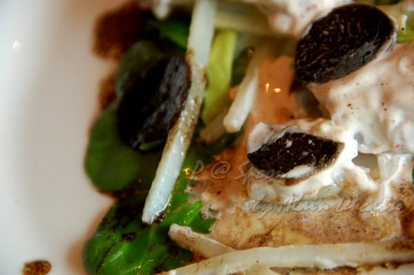 六月 -- 「半片松露 + 一小口蝦肉」的吃法最美味