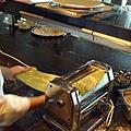 九月 -- 利用製麵機揉麵 (13)