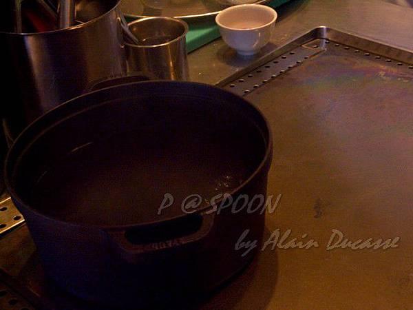 九月 -- 煮一大鍋開水