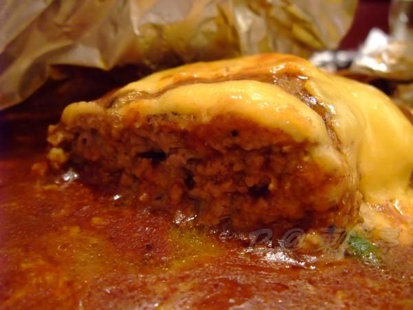東洋亭 -- チーズハンバーグステーキ (起司漢堡排) (5)