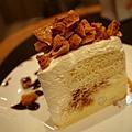 星巴克 -- 糖脆戚風蛋糕