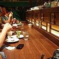 岡田咖啡 -- 長吧檯