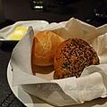 Divo -- 麵包籃