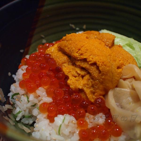 千里の月 -- 海膽鮭魚子丼