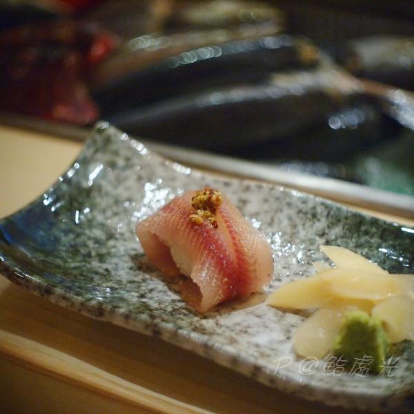 鮨処光 - 櫻木冷燻香魚壽司