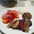 Gold by Harlan Goldstein -- 橄欖油雜菌、火腿蜜瓜、乳酪醬 & 橄欖醬