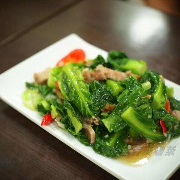 金龍泰國菜 -- 燒肉炒高麗菜苗