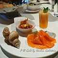 Gold by Harlan Goldstein -- 翡翠螺、蕃茄起司沙拉、蜜瓜甜湯、燻鮭魚