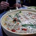 石獅美食 - 糯米酒肉丸雞鍋