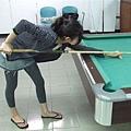 台北大學地下室的桌球