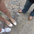她們偷穿情侶鞋