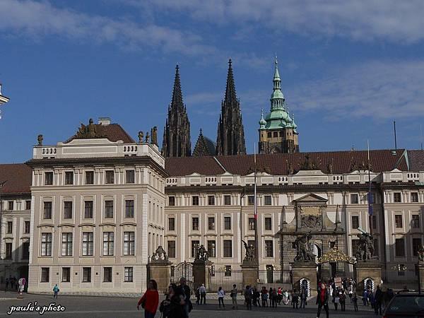 布拉格城堡-10.JPG