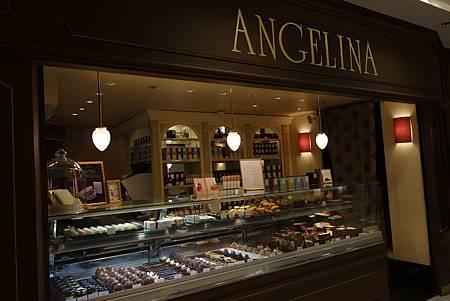 Angelina_01