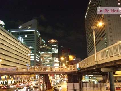 大阪梅田空橋夜景