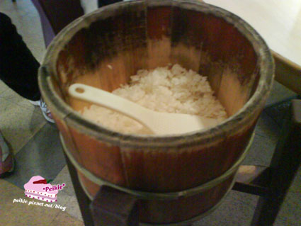 筷子-一桶白飯.jpg