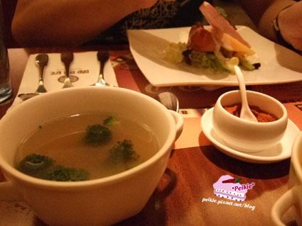 咖哩匠-磨菇花椰湯.jpg