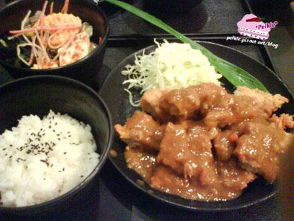 樂山咖哩豬排飯.jpg